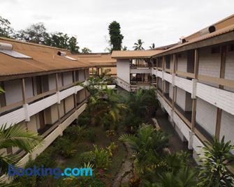 Solomon Kitano Mendana Hotel - Хоніара - Building