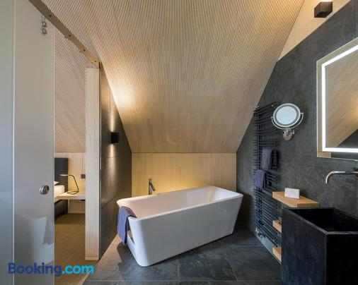 Schloss Auel Hotel - Lohmar - Bathroom