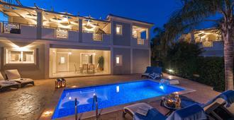 Mamfredas Luxury Resort - Tsilivi - Pool