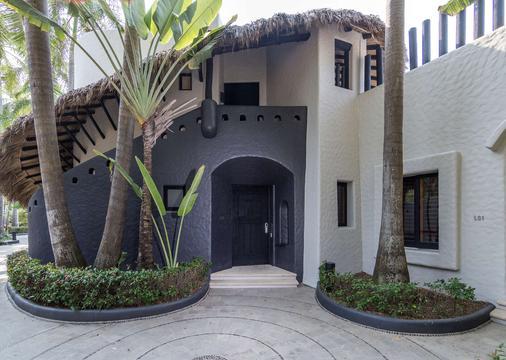 Thompson Zihuatanejo - Zihuatanejo - Building