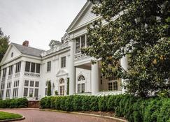The Duke Mansion - Charlotte - Edificio