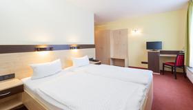 Hotel Mit-mensch - Berliini - Makuuhuone