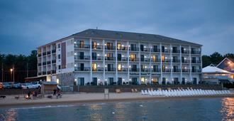 Parkshore Resort - Traverse City