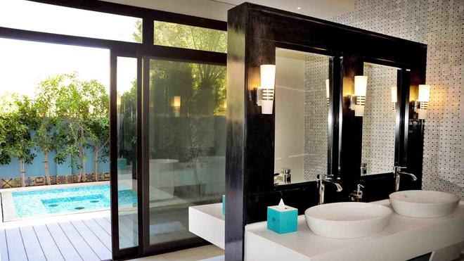 Al Seef Resort & Spa By Andalus - Abu Dhabi - Bathroom