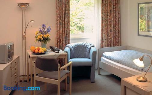 Moorland Hotel am Senkelteich - Vlotho - Living room