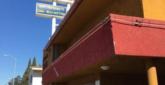 Hyde Park Motel - Los Angeles - Building