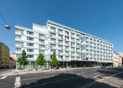Park Inn by Radisson Linz - Linz - Gebäude