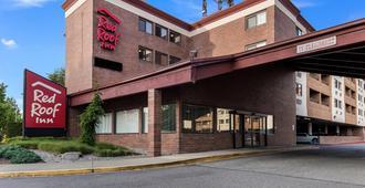 Red Roof Inn Seattle Airport - Seatac - סיטאק