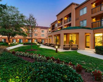 Courtyard by Marriott Richmond Airport - Sandston - Building