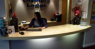 The Olympic Lodge - Aylesbury - Front desk