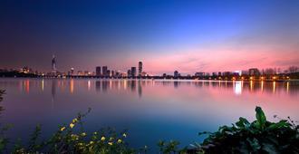 Intercontinental Nanjing - Nanjing - Outdoor view
