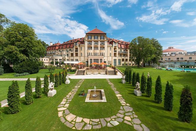 Thermia Palace Ensana Health Spa Hotel - Piešťany - Bâtiment