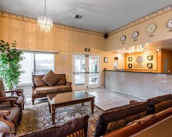 Comfort Inn & Suites Sequoia Kings Canyon - Three Rivers - Лоббі