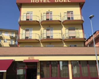 Hotel Nuova Doel - Chioggia - Building