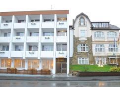 Hotel Hafez - Bad Salzuflen - Building
