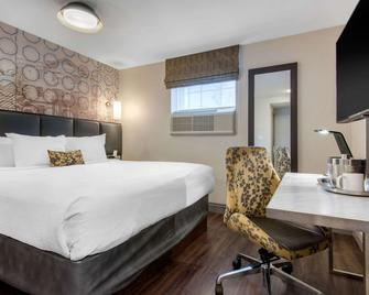 The Champlain Waterfront Hotel, an Ascend Hotel Collection - Orillia - Schlafzimmer