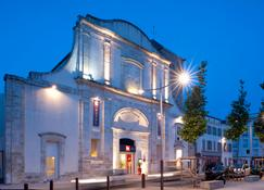 ibis La Rochelle Vieux-Port - ลา รอแชลล์ - อาคาร
