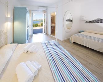 Grand Hotel Palau - Palau - Bedroom