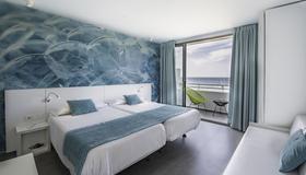 Hotel Apartamentos Marina Playa - Adults Only - Sant Antoni de Portmany - Bedroom