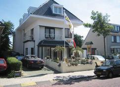 Pension Villa Tanahlot - Zandvoort - Edifício