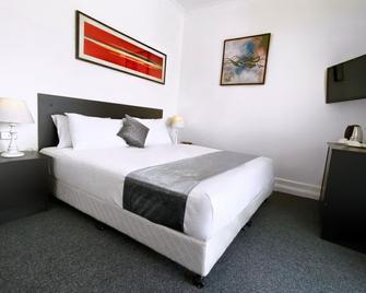 Commercial Hotel Hay - Hay - Ložnice