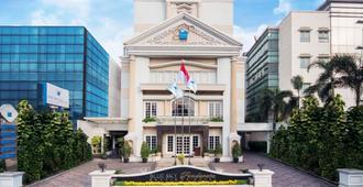 Blue Sky Pandurata Boutique Hotel - Jakarta - Byggnad