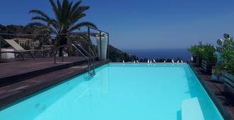 Hotel Il Piccolo Giardino - Taormina - Pool