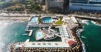 Riviera Hotel Beirut - ביירות