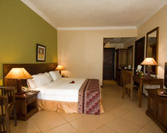 Aanari Hotel & Spa - Flic en Flac - Bedroom