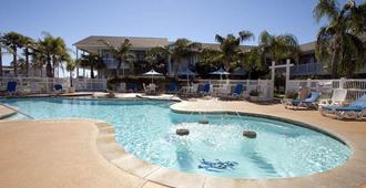 The Inn at Fulton Harbor - Rockport - Pool