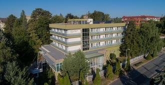 Ce Quelle Hotel - Hévíz - Building