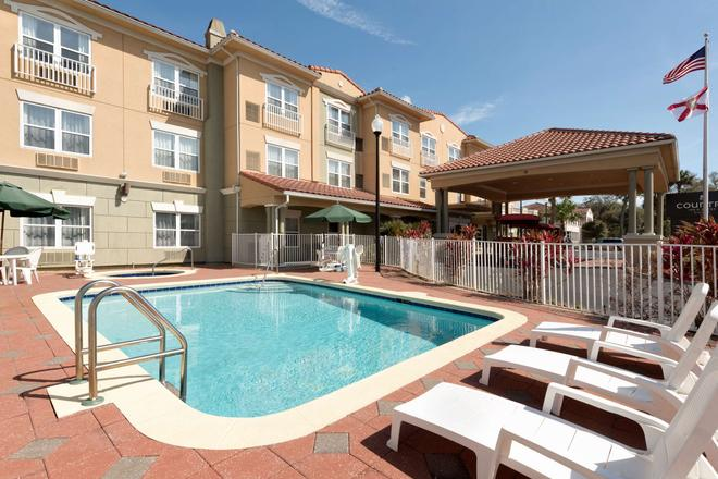 Country Inn & Suites by Radisson, St Augustine DT - St. Augustine - Pool