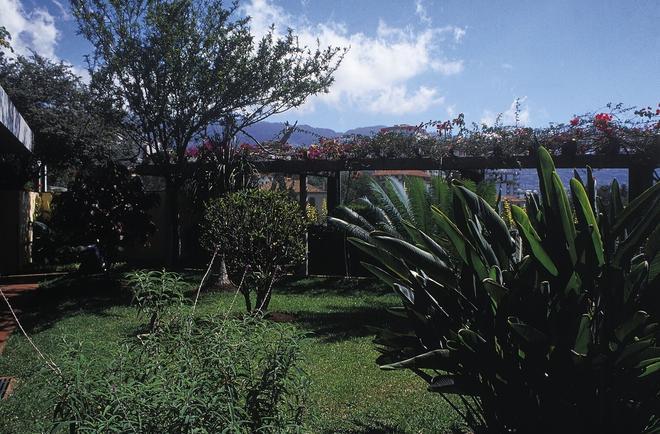 Quinta Perestrello Heritage Hotel - Funchal - Outdoor view
