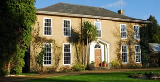 Norfolk House Bed And Breakfast - Newmarket - Edificio