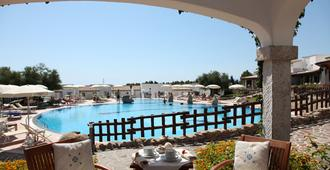 Hotel Nuraghe Arvu - Dorgali - Pool