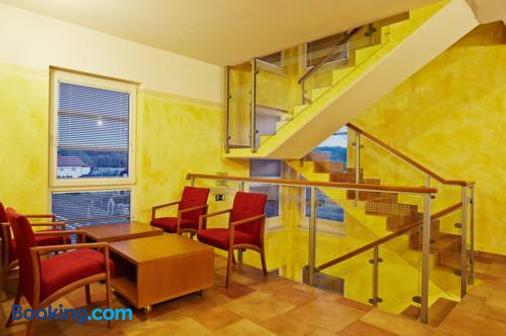 Hotel Villa Emei - Maribor - Toà nhà