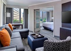 Chicago Marriott Suites O'Hare - Rosemont - Sala de estar