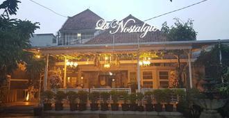 La Nostalgie Boutique Guest House - Bandung - Toà nhà