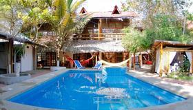 Hotel Sumpa - Montañita (Guayas) - Piscine