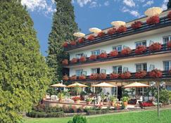 Hotel Behringer's Traube - Badenweiler - Building