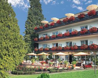 Hotel Behringers Traube - Badenweiler - Gebouw