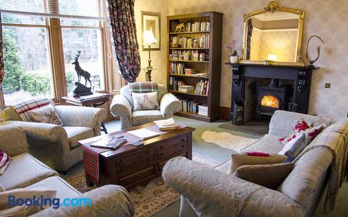 Rossmor - Grantown-on-Spey - Living room