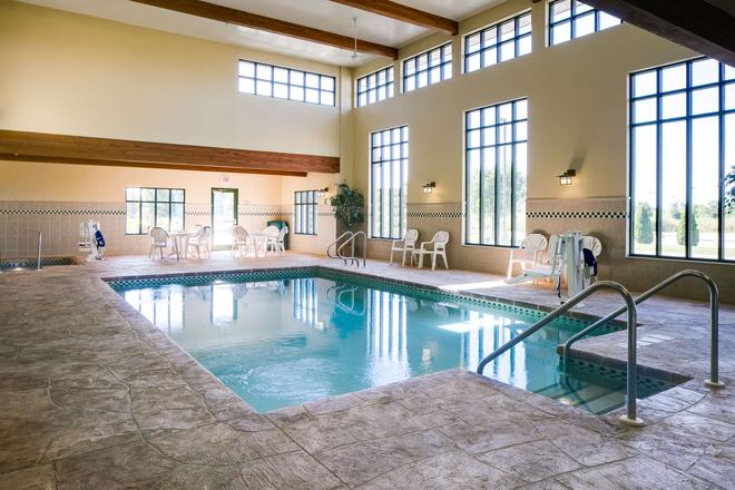 Country Inn & Suites by Radisson, Madison West, WI - Middleton - Pool