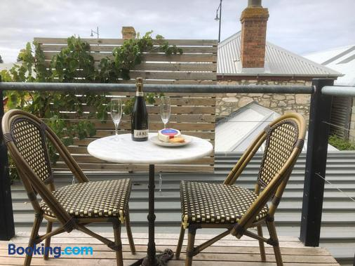 Port Boutique Accommodation - Port Fairy - Balcony