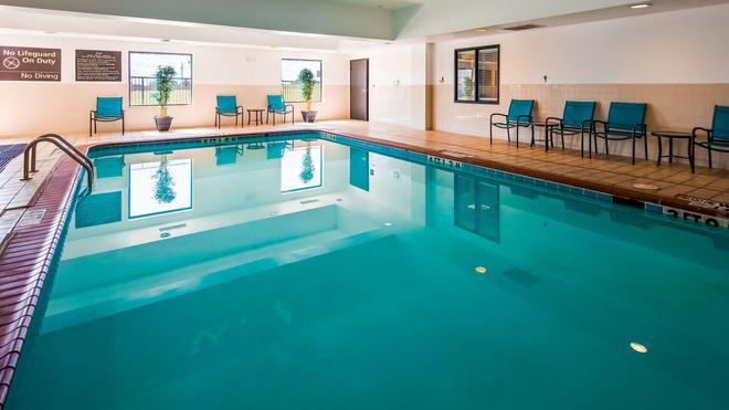 Best Western Red River Inn - Burkburnett - Pool