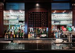 Best Western Ville-Marie Montreal Hotel & Suites - Montreal - Bar