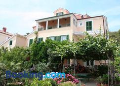 Villa Katarina Mali Losinj - Mali Lošinj - Bâtiment