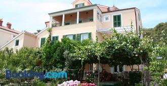 Villa Katarina Mali Losinj - Mali Lošinj - Edificio