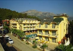 Botanik Grand Lukullus Hotel - Kemer - Toà nhà