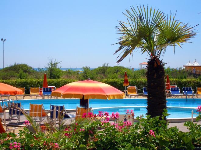 Hotel Bertha - Jesolo - Pool